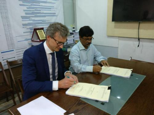 Contract Sigingn for CIRT LAB